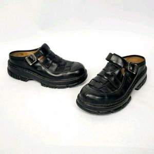 Born Black Leather Slip On Shoes Woven clogs